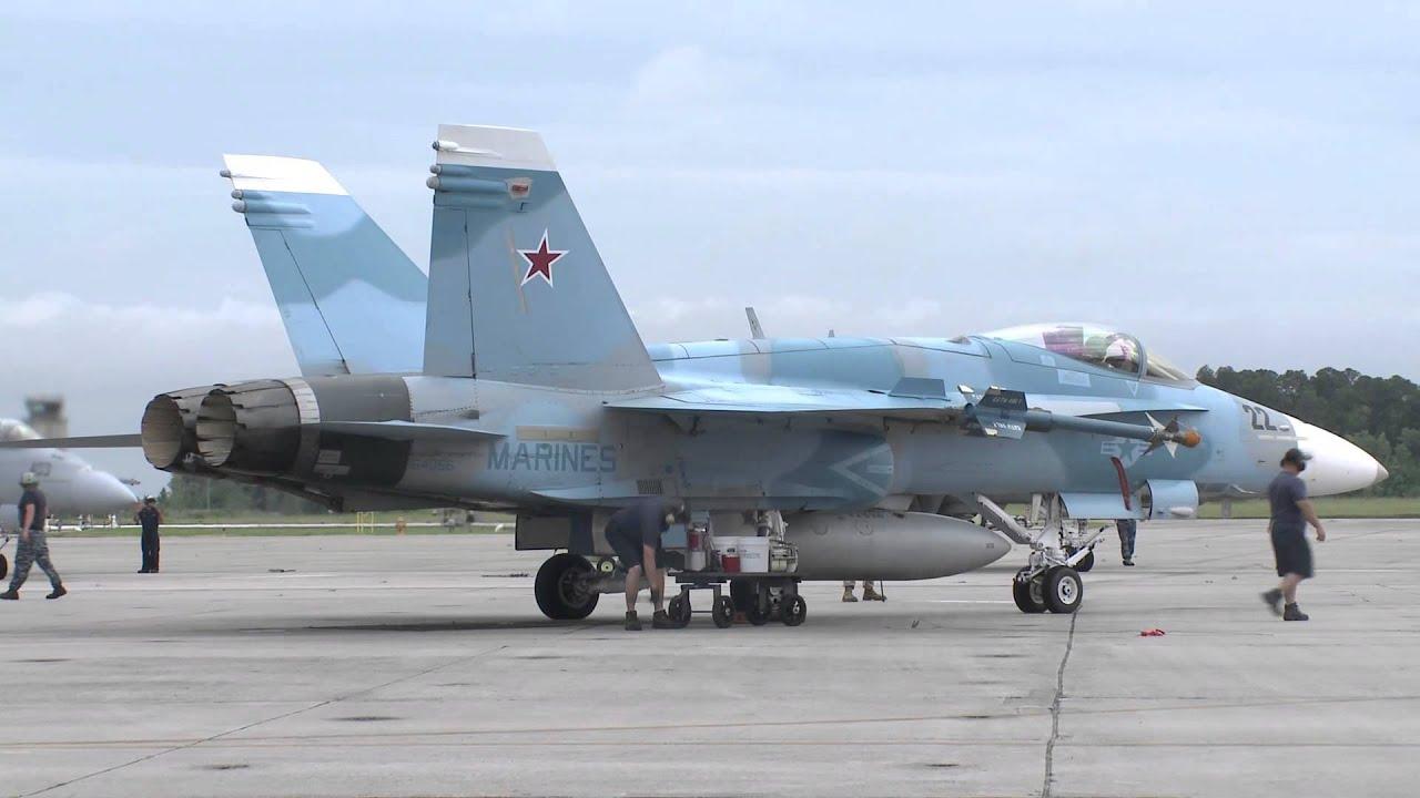 Aggressor F/A-18 at Top Gun - YouTube