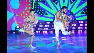 ¡Lourdes y Gabo bailaron un Pop Latino con mucho color!