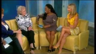 Betty White on The View - 14/06/2010 part 1