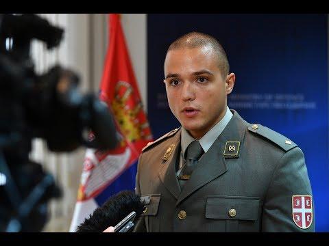 Potporučnik Janko Ninković o spasavanju žene povređene u saobraćajnoj nezgodi u selu Gugalj
