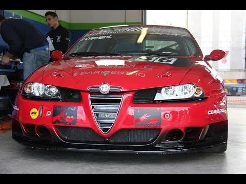 Alfa Romeo 156 super 2000 WTCC - Inserito da Davide Cironi il 20 novembre 2013 durata 4 minuti e 42 secondi - Autodromo di Magione, prima uscita di questa ex N-Technology con il Team Caprioni. Un particolare dello speciale sulla storia e le vittorie dell�Alfa 156 nelle corse in tutto il mondo, con la prova su strada della pi� cattiva berlina stradale del biscione, la GTA 3.2 V6 24 valvole.