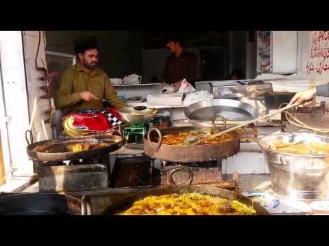 Fried Fish Lahori Style, Lahore Street Food (Tastes of Pakistan)