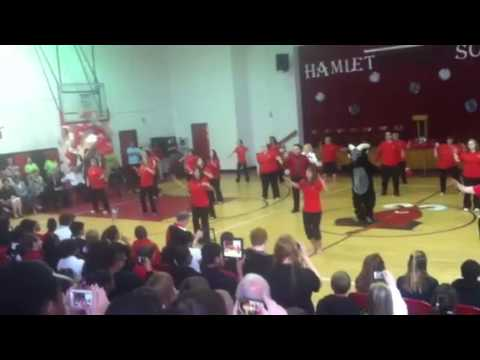 Hamlet Middle School Teacher Flash Mob