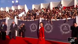 Demi Lovato bares all for Vanity Fair