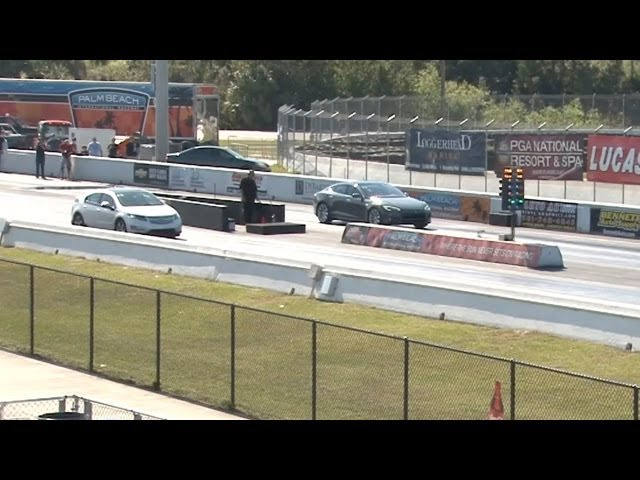 Tesla Model S Performance vs Chevrolet Volt Drag Racing 1/4 Mile