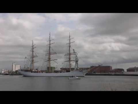 Skoleskibet Danmarks afgang fra Nakskov