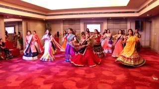 rangeelo maaro dholna |bollywood dandiya show |cho