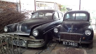 Classic Car Barn Find Gangaramaya Temple Colombo Sri Lanka Mercedes Austin, Morris Minor no Ferrari
