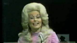 Watch Dolly Parton Traveling Man video