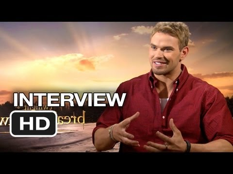 The Twilight Saga: Breaking Dawn Part 2 - Extended Interview - Kellan Lutz (2012) Hd video