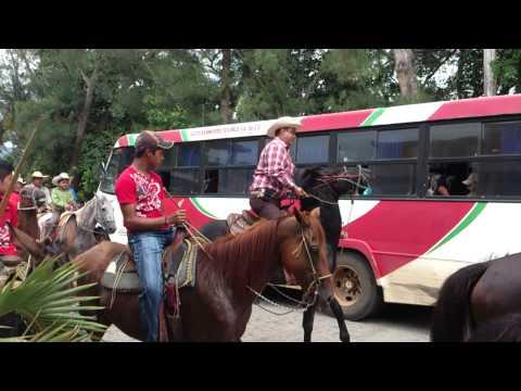 Santiago Tuxtla Procesión y Cabalgata de Río Grande Santiago Apóstol 2013