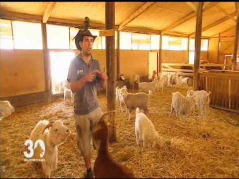 visite p dagogique de la ferme du col jarjayes dans les hautes youtube. Black Bedroom Furniture Sets. Home Design Ideas