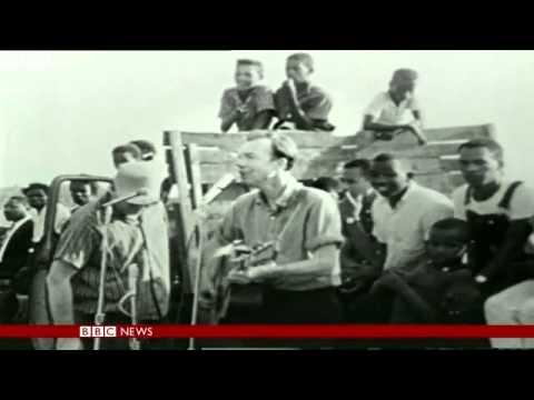 Pete Seeger, US folk singer, dead aged 94