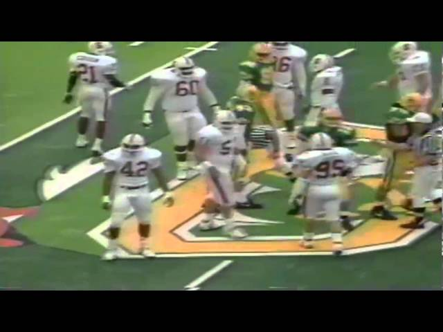Oregon QB Kyle Crowston fumbles then scrambles for a 6 yard gain vs. Stanford 11-02-91