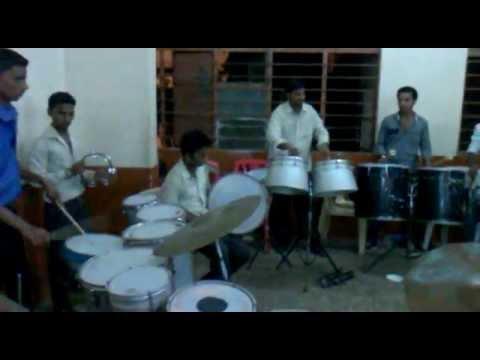 Sangam Brass BandShiravane - Mst.Ravi Mhatre (Lawaris).mp4