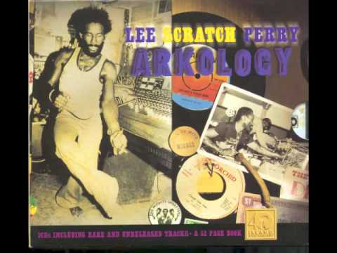 Lee Scratch Perry - Dreadlocks In Moonlight