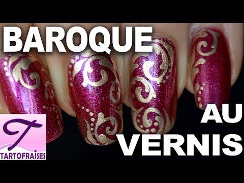 tuto motif baroque simple au vernis ongles chic avec 2 vernis et 1 pinceau youtube. Black Bedroom Furniture Sets. Home Design Ideas