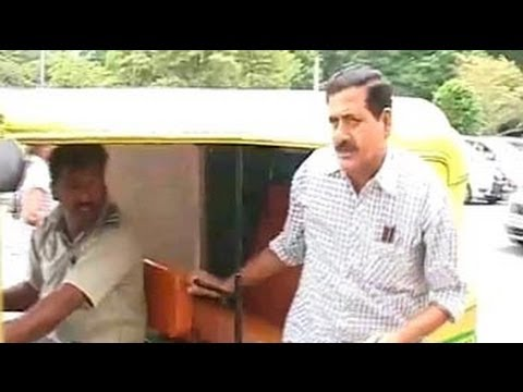 Karnataka MLA who still travels by an autorickshaw to the assembly