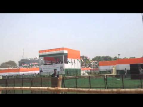 Rahul Gandhi speaks at Congress' Zameen Wapsi rally in New Delhi