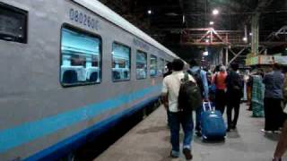 Indian Railways..2009 BCT-ADI Shatabdi in reverse mode