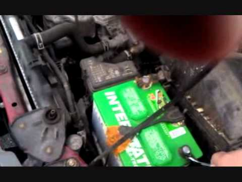 Changing the camshaft position sensor on a 2006 Sentra