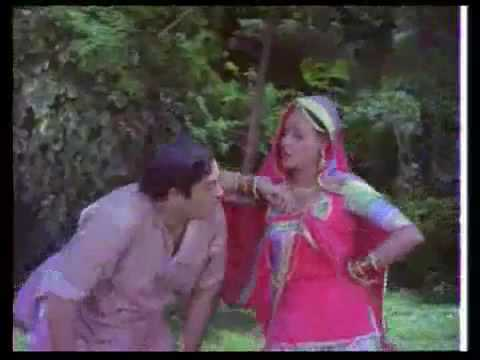 Pallo Latke Re - Sanjeev Kumar & Jaya Bhaduri - Naukar.mp4 video