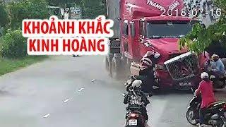 Khoảnh khắc kinh hoàng Xe container tông 2 xe máy rồi lao vào nhà dân