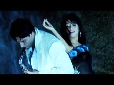 Chupke Chupke Chori Chori, The World Of Fashion Hot Romantic Song