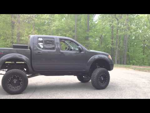 2011 nissan frontier lifted how to save money and do it. Black Bedroom Furniture Sets. Home Design Ideas