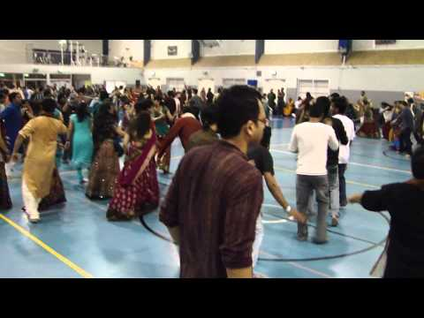 Atul Purohit Garba Brisbane video