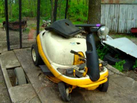 Cub Cadet 1315 And An Ugly Looking 1027 Cub YouTube