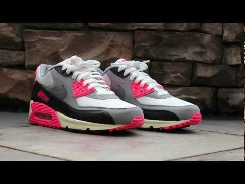 Review: Nike Air Max 90 OG - Infrared