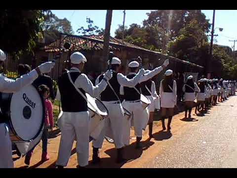 Desfile Estudiantil 2013 IGD
