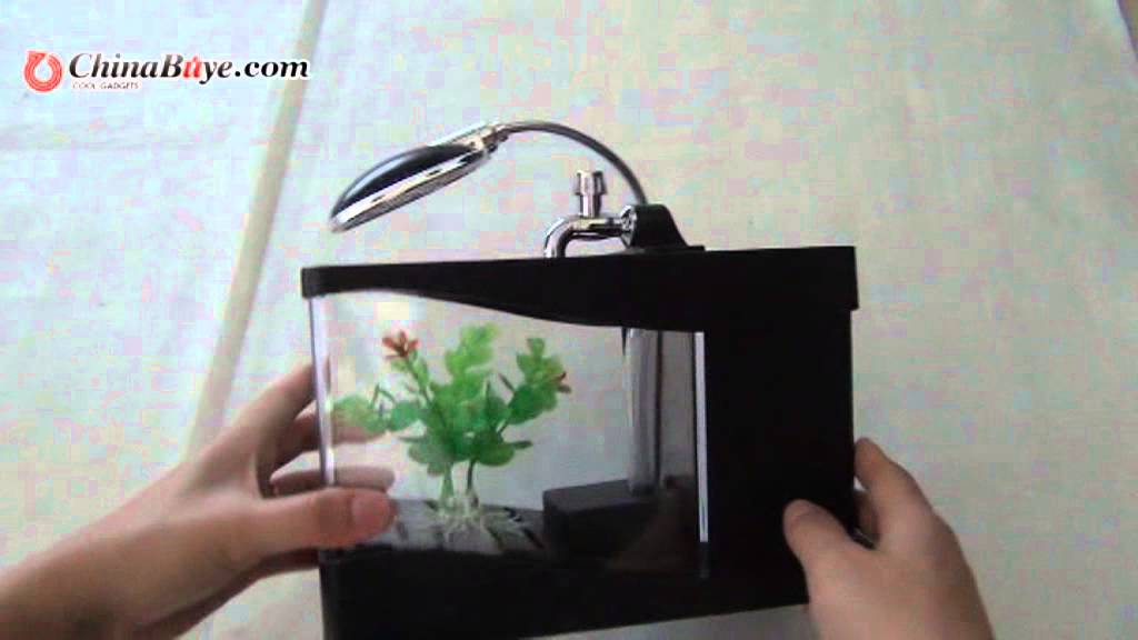 Stylish Mini Colorful LED Aquarium Desktop Lamp USB Fish