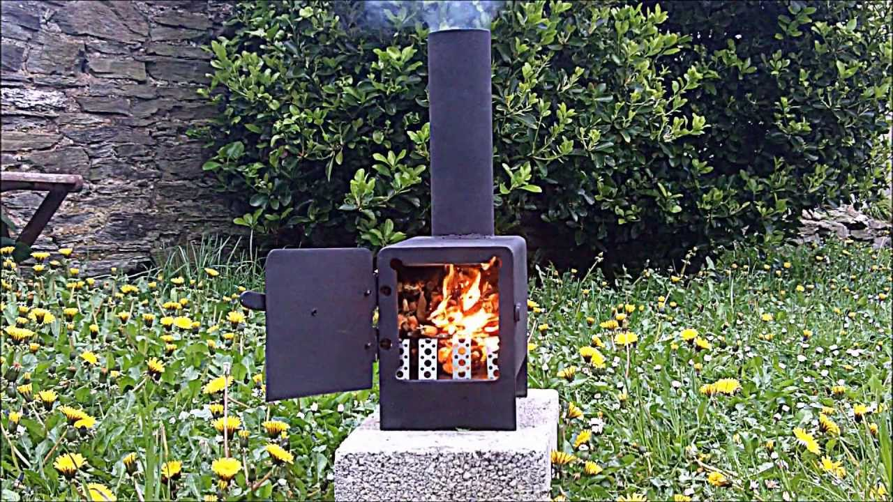 Rocket stove mini wood burner youtube for How to make a small stove