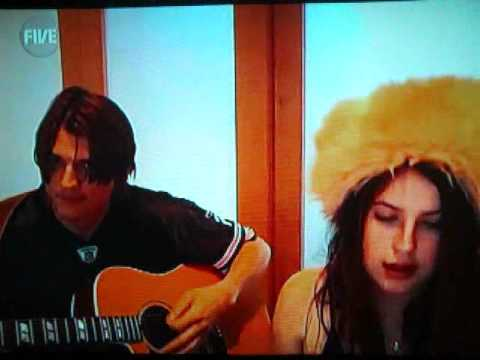 Ashton kutcher and scout willis singing !. ( HQ )