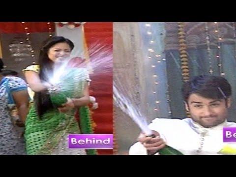 Rk And Madhubala Have Fun On The Sets Of Madhubala - Ek Ishq Ek Junoon video