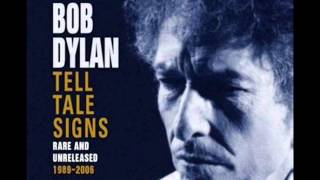 Watch Bob Dylan Dignity video
