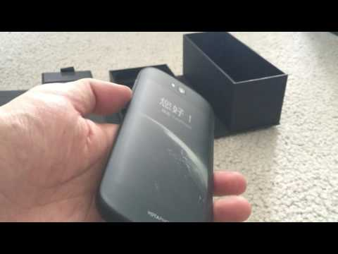 Yotaphone 2 - Dual Screen Android Phone Unboxing And Brief Look