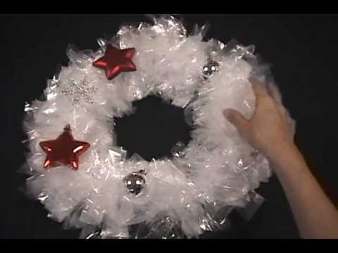 How To Make A DIY Christmas Wreath With Sandwich Bags For