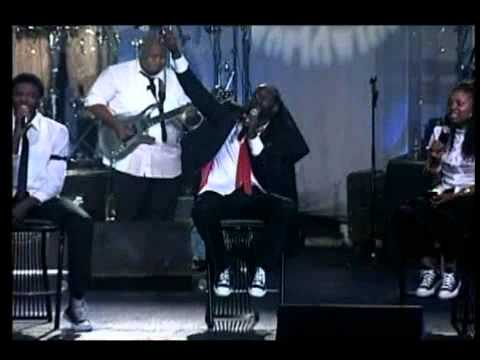Tye Tribbett & G.a. - Chasing After You ( The Morning Song ).flv video