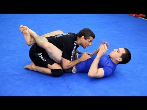Ground Work Basics / Passing the Guard | MMA Fighting Techniques Image 1