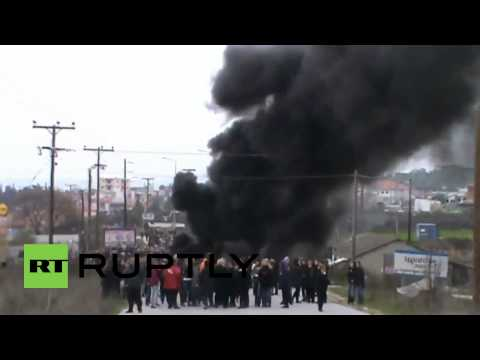 Greece: Children gassed as anti-riot police storm Chalkidiki Penninsula