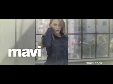 Mavi & Serenay Sarıkaya - Mavi Gold Dream Fit