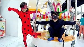 MIRACULOUS LADYBUG NO PARQUINHO DO SHOPPING ★ Comemorando 700K com Diversão com Cat Noir (FT. Dudu)