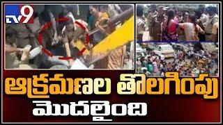 Removal of illegal land at Tadepalligudem Venkateswara Swamy temple