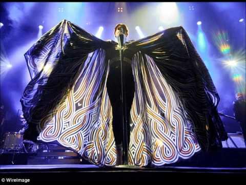 Florence + The Machine Live at Alexandra Palace (Full Set)