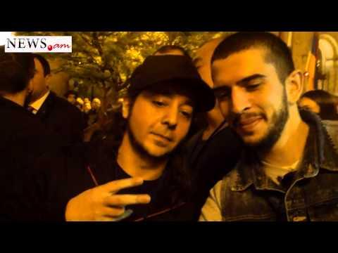 Daron Malakian met fans in Yerevan