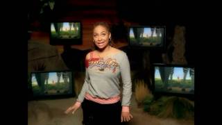 Watch Ravensymone Grazing In The Grass video