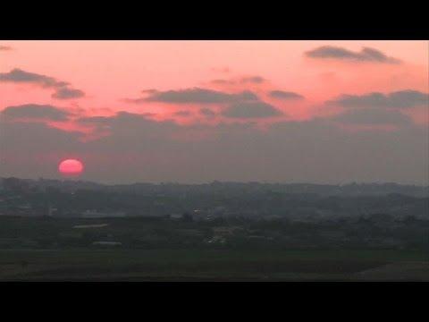 New Israeli air strikes against militants in the Gaza Strip